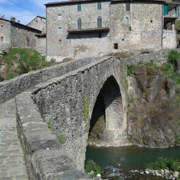 Ponte-medievale-san-michele-di-piazza-al-serchio