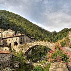 Ponte molino vecchio Fabbriche di Vallico